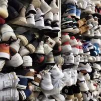 鞋子坏了大方县哪里有修鞋的店,大家觉得擦鞋洗鞋方便吗?