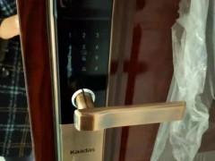 石柱换锁介绍防盗门锁更换需要注意的问题