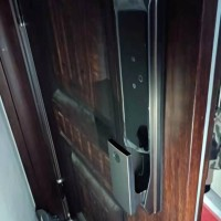 家门锁坏了对于换锁芯和换锁哪个好